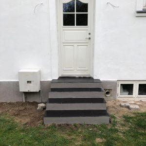 Professionel Facadepudset hus i Frederikssund hos Murermester Mads Tolderlund